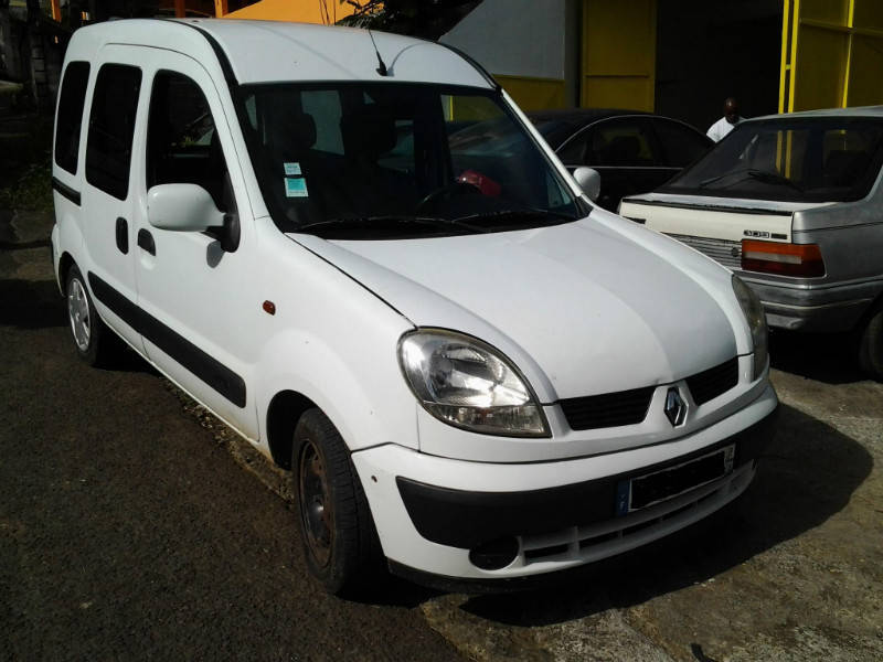 renault kangoo 5 places annonce voitures guadeloupe. Black Bedroom Furniture Sets. Home Design Ideas