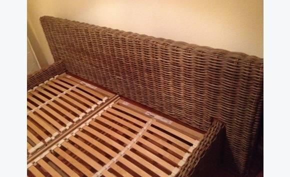 cadre de lit en osier avec lattes annonce meubles et. Black Bedroom Furniture Sets. Home Design Ideas