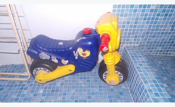 moto annonce jeux jouets anse marcel saint martin. Black Bedroom Furniture Sets. Home Design Ideas