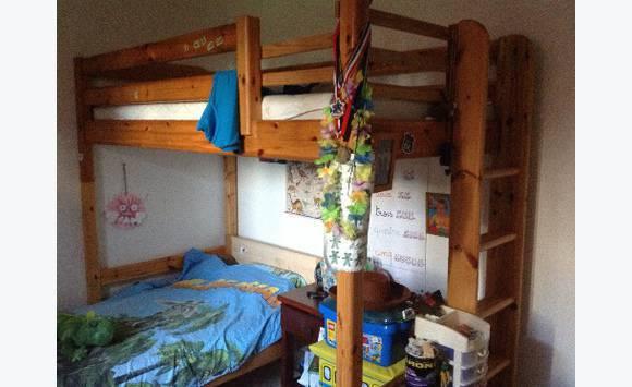 lit superpos annonce meubles et d coration la savane saint martin. Black Bedroom Furniture Sets. Home Design Ideas