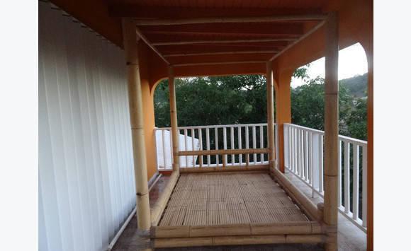 Lit baldaquin en bambou annonce meubles et d coration saint martin - Lit baldaquin bambou ...