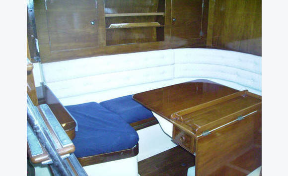 Sailboat 39'very livable