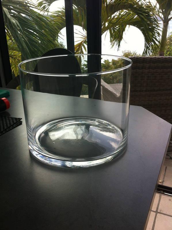 Vase rond en verre transparent annonce meubles et d coration lorient saint barth lemy - Vase rond en verre ...