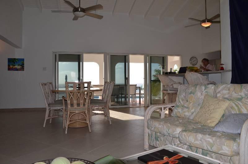 Mobilier salon et salle manger annonce meubles et for Salle a manger mobel martin