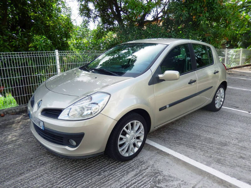 renault clio iii 1 5 dci 85 exception 2007 5p annonce voitures fort de france martinique. Black Bedroom Furniture Sets. Home Design Ideas
