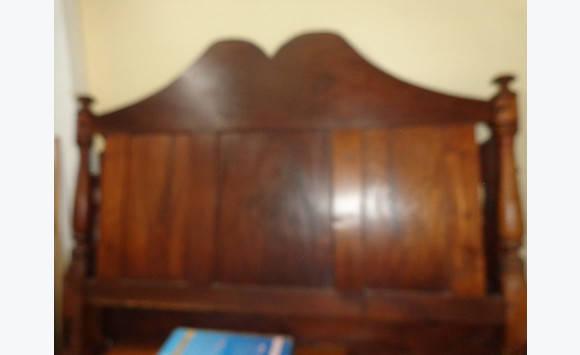 lit baldaquin ancien annonce meubles et d coration saint barth lemy. Black Bedroom Furniture Sets. Home Design Ideas