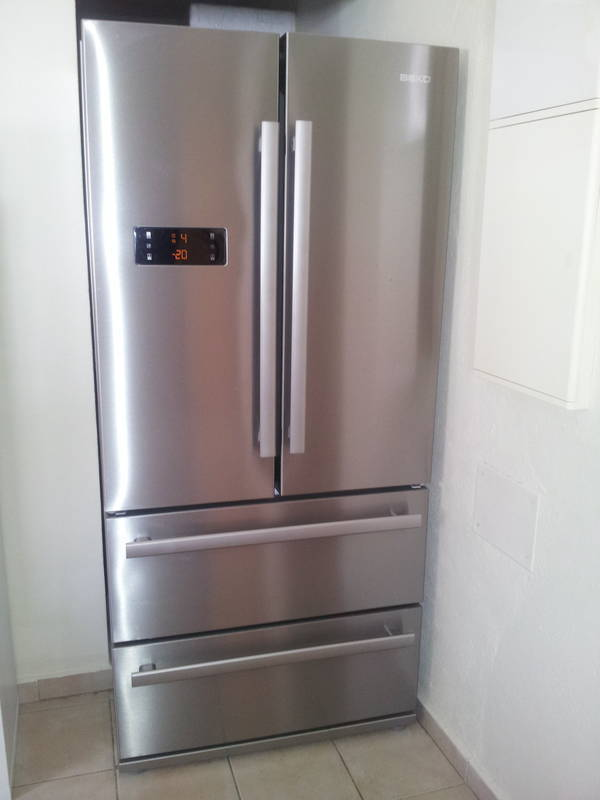 fridge freezer beko classified ad household electrics saint louis saint martin. Black Bedroom Furniture Sets. Home Design Ideas