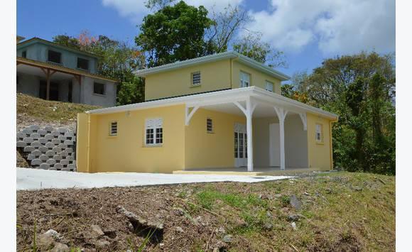 Belle villa f4 et terrain riviere salee annonce ventes for Achat de maison en martinique