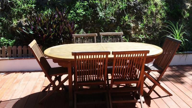 Table en teck annonce mobilier et quipement d - Mobilier jardin guadeloupe versailles ...