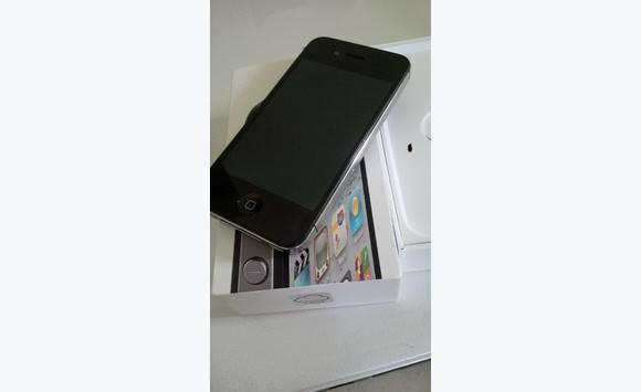 iphone 4s debloqu tout operateur annonce t l phonie. Black Bedroom Furniture Sets. Home Design Ideas