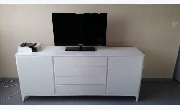meuble de salon crozatier annonce meubles et d coration fort de france martinique. Black Bedroom Furniture Sets. Home Design Ideas