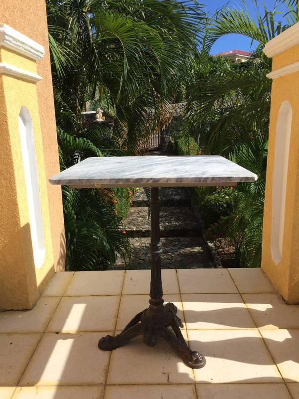 Tables en marbre et fonte x2 annonce mobilier et for Table exterieur fonte