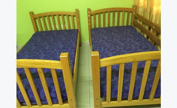 lit superpos avec matelas y compris la valeur annonce meubles et d coration philipsburg. Black Bedroom Furniture Sets. Home Design Ideas