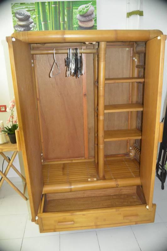 armoire bambou annonce meubles et d coration mont. Black Bedroom Furniture Sets. Home Design Ideas