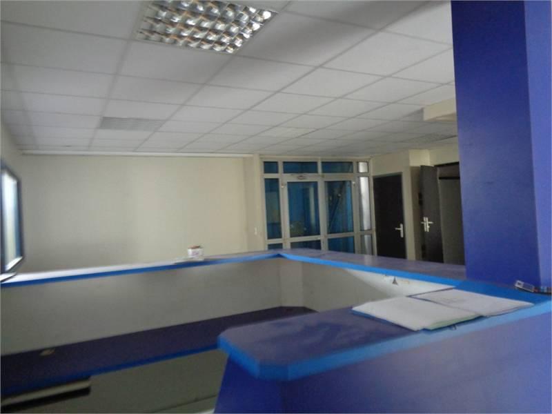 louer fort de france 291m2 bureaux annonce bureaux commerces soci t s fort de france. Black Bedroom Furniture Sets. Home Design Ideas