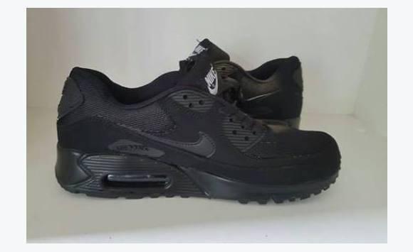 nouveau style da2a8 dd6af air max 90, les 2 cest taille 44, 80euro. - Chaussures ...