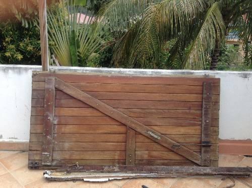 Volets en bois annonce mobilier et quipement d for Equipement exterieur