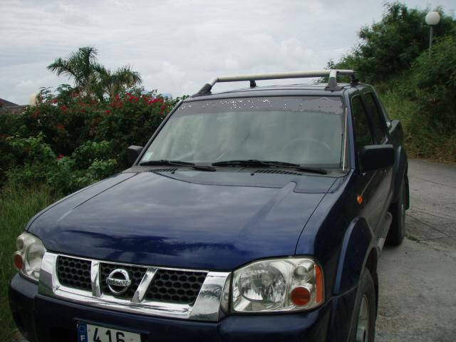 pick up nissan frontier crewcab blue classified ad. Black Bedroom Furniture Sets. Home Design Ideas