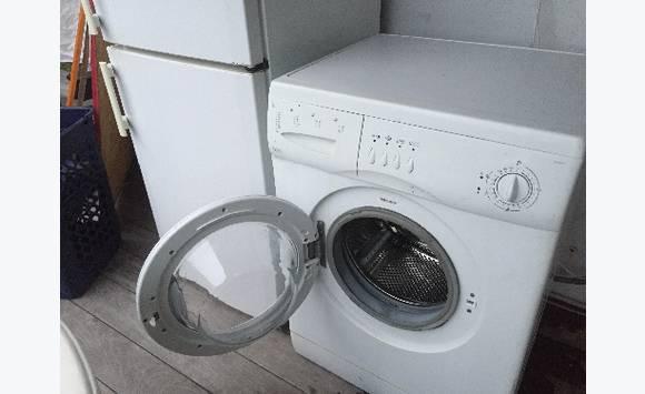 machine a laver 6kg annonce lectrom nager marigot saint barth lemy. Black Bedroom Furniture Sets. Home Design Ideas
