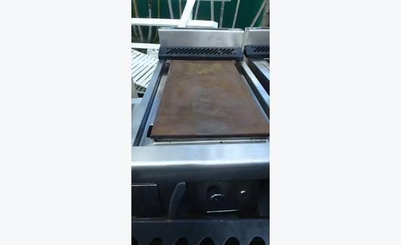 Materiel mobilier de cuisine professionnel annonce for Mobilier de cuisine professionnel
