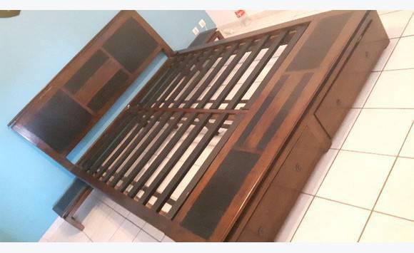 divers meubles annonce vide maison kourou guyane. Black Bedroom Furniture Sets. Home Design Ideas
