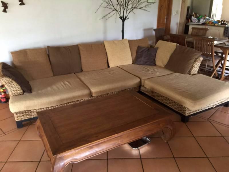 canap d 39 angle table basse opium annonce meubles et d coration la savane saint martin. Black Bedroom Furniture Sets. Home Design Ideas