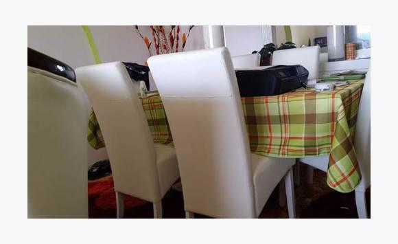 Table 6 chaise buffet miroir annonce meubles et for Meuble bdm trois rivieres