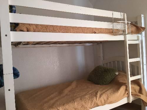 lit superpos annonce meubles et d coration orient bay saint martin. Black Bedroom Furniture Sets. Home Design Ideas
