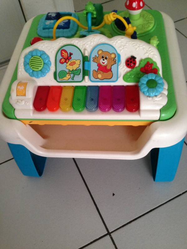 Table ducative fisher price annonce jeux jouets saint martin - Table de jeux fisher price ...