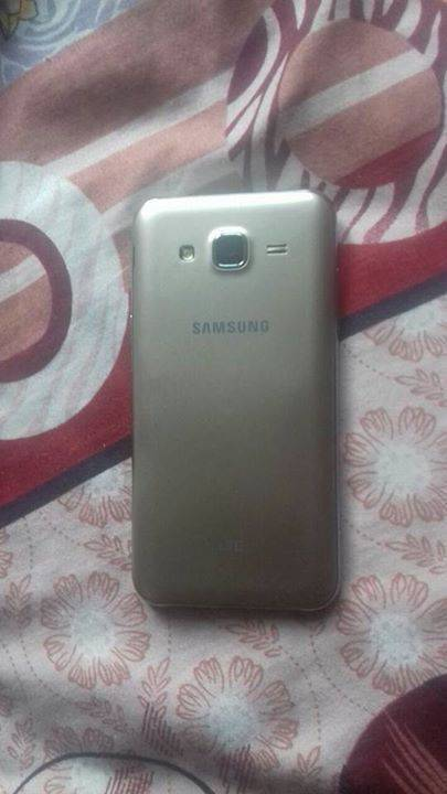 Samsung galaxy j5 dual sim - Telephony Antigua and Barbuda • Cyphoma