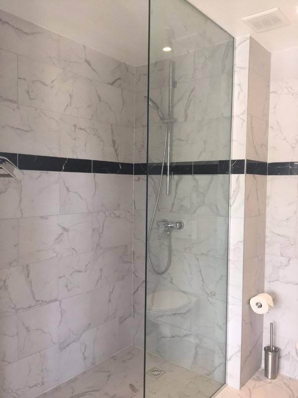 New unfurnished 2 B/R 2 bath unit - Classified ad - Rentals Guana ...