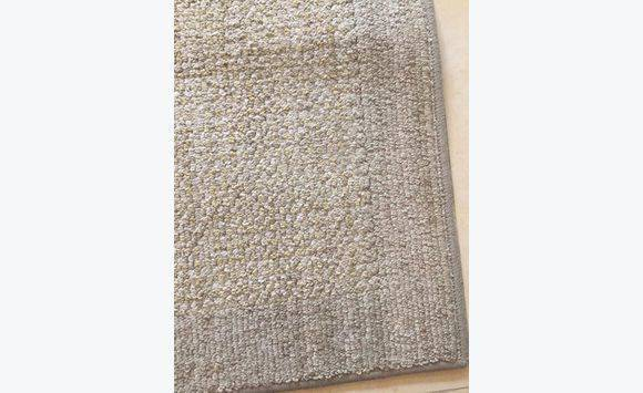 Ashley home accent tapis annonce meubles et d coration for Meuble ashley prix