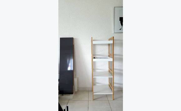 etagere lack ikea annonce meubles et d coration saint jean saint barth lemy. Black Bedroom Furniture Sets. Home Design Ideas