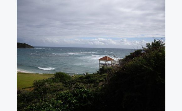 Multi family lot, ocean view, close to the beach.