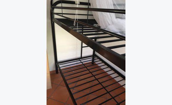 lit superpos annonce meubles et d coration saint james sint maarten. Black Bedroom Furniture Sets. Home Design Ideas