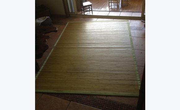 tapis bambou vert annonce meubles et d coration. Black Bedroom Furniture Sets. Home Design Ideas