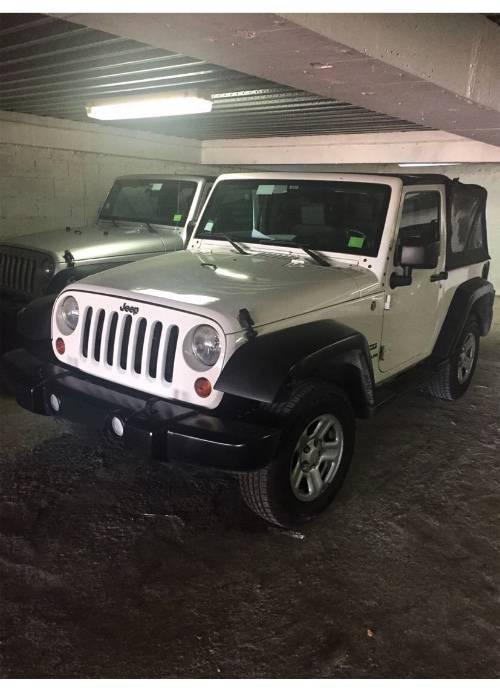 jeep wrangler jk sport 3 8l 2 portes 3 8l essence annonce voitures marigot saint martin. Black Bedroom Furniture Sets. Home Design Ideas