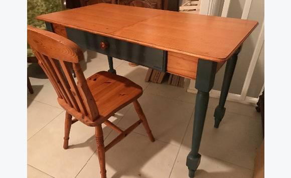 Bureau et chaise en sapin massif meubles et décoration saint