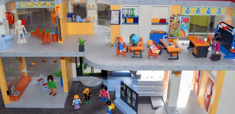 ecole playmobil 4324 annonce jeux jouets les abymes. Black Bedroom Furniture Sets. Home Design Ideas