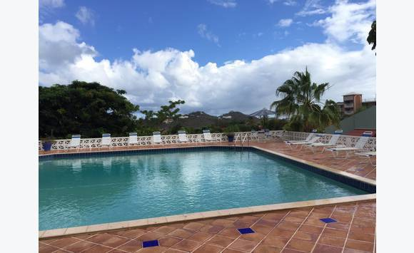Gated Security One Bedroom Apartments For Rent!