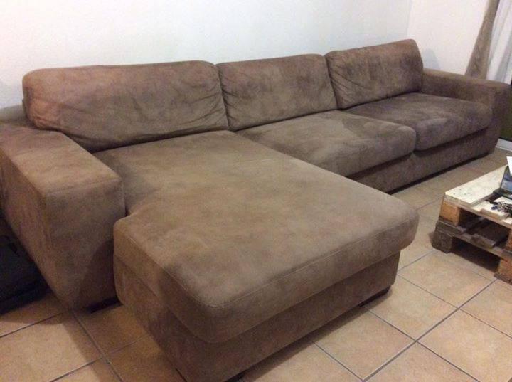 canap angle en daim beige annonce meubles et d coration hope estate saint martin. Black Bedroom Furniture Sets. Home Design Ideas