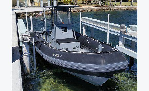Inflatable boat Zodiac 24