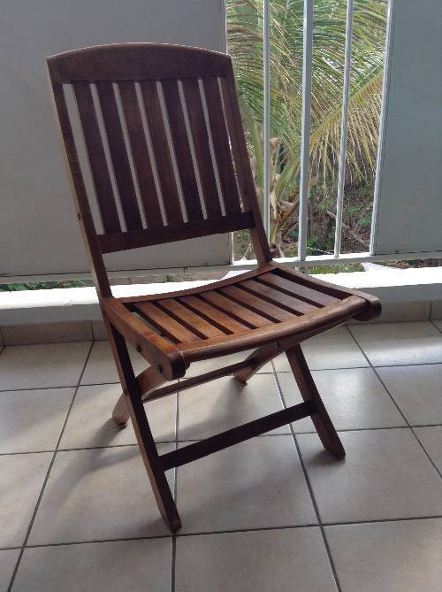 Salon de jardin en teck et 6 chaises annonce mobilier for Mobilier exterieur teck