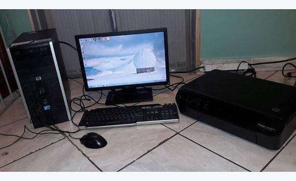 ordinateur de bureau avec imprimante annonce informatique philipsburg sint maarten cyphoma. Black Bedroom Furniture Sets. Home Design Ideas