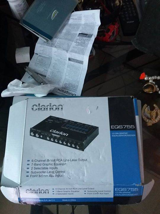 JL bass amp+clarion equalizer and 4 ds18 6  5''speakers