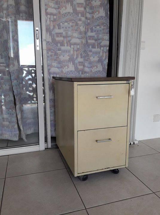 Meuble m tallique de bureau annonce meubles et for Meuble bureau metallique