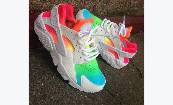 Photo for the classified colorful huaraches Sint Maarten 0
