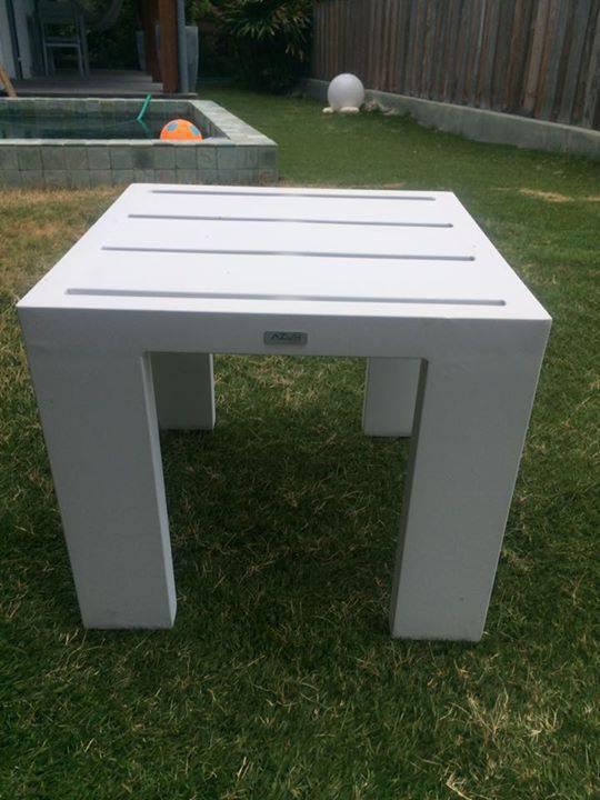 Table exterieur alu blanc annonce mobilier et for Equipement exterieur