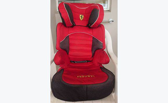 si ge auto r hausseur ferrari 15 36 kg annonce pu riculture equipement b b fort de. Black Bedroom Furniture Sets. Home Design Ideas