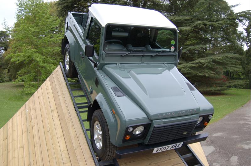 land rover defender 90 pick up neuf annonce voitures gustavia saint barth lemy. Black Bedroom Furniture Sets. Home Design Ideas